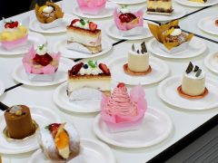 大阪の有名なお店のケーキ