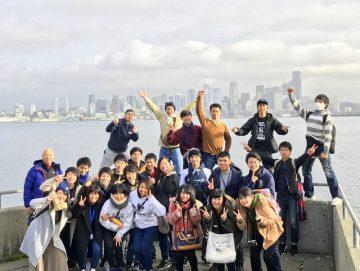 みんなで集合写真!仲の良い友達と過ごす時間は何にも変えがたい、最高の想い出になりました。