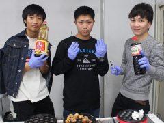 オリーブオイルじゃなくて、ソース&しょうゆ!!TAKOYAKI God Hands!!
