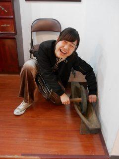 漢方を削る機械!薬研(やげん)といいます(^^)!