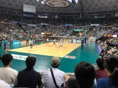 ハワイ大学のバレーボールチーム「レインボー・ウォリアーズ」