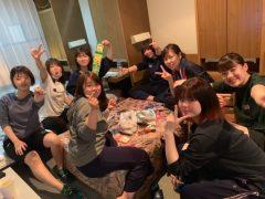 お菓子いっぱい女子部屋♪