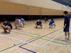 関西大学バスケットボール部の方たちにトレーニング指導をしています