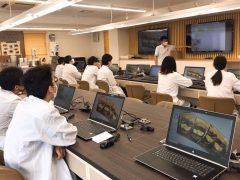 クラス全員がCADシステムを使用できる環境を整えています