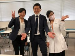 真ん中:訪問鍼灸で開業されている卒業生の石原先生