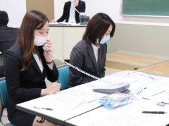 電話対応の練習中